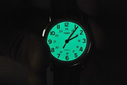 Năm 1992, chiếc đồng hồ Timex được ứng dụng công nghệ Indiglo được ra mắt