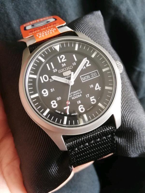 Đồng hồ Seiko SNZG15J1 chính hãng