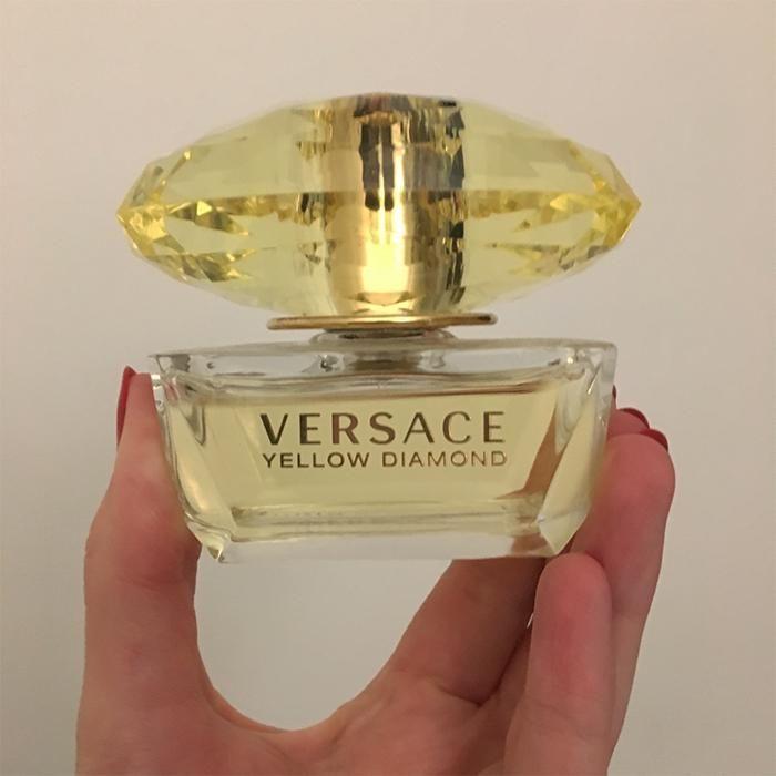 Thiết kế nước hoa Versace Yellow Diamond 50ml