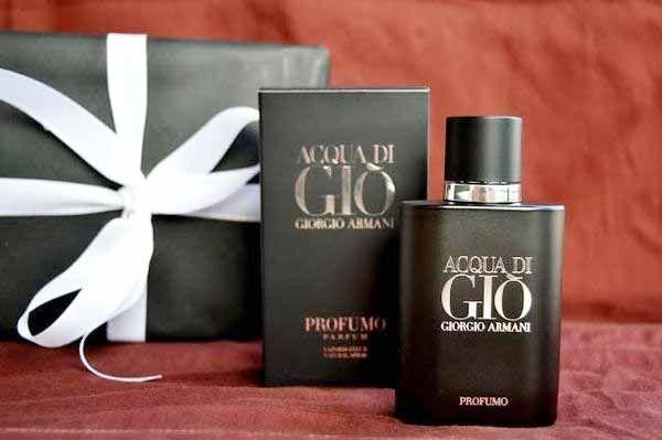 Thiết kế chai Giorgio Armani Acqua Di Gio Profumo Pour Homme hiện đại