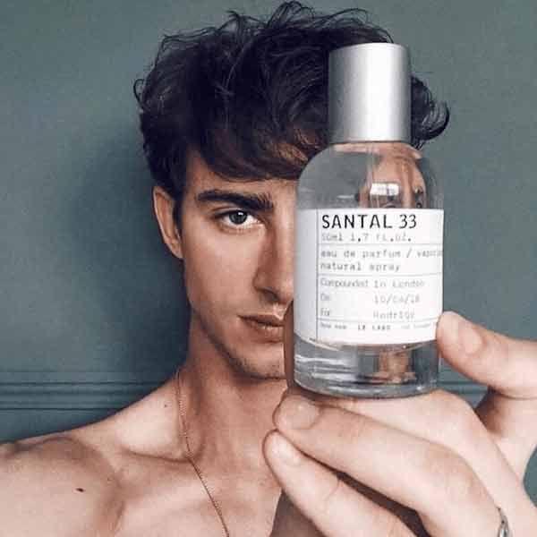 Mùi hương nước hoa Le Labo Santal 33 mạnh mẽ, cá tính
