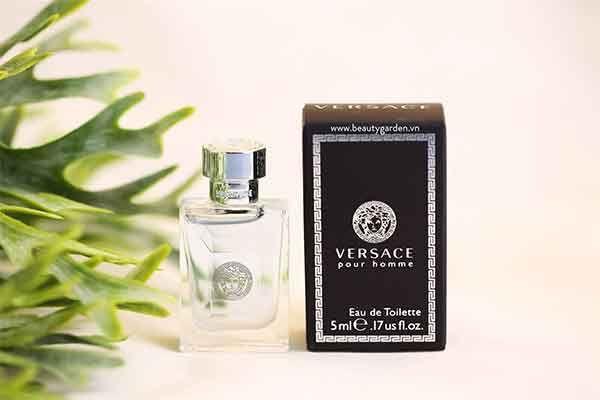 Mùi hương nước hoa Versace Pour Homme tươi mát, nam tính nhập khẩu