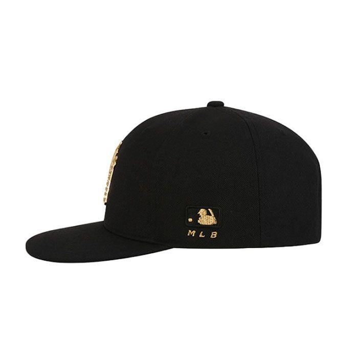 Đặc điểm nổi bật của Mũ MLB New York Yankees Metal One-Point màu đen Hàn Quốc