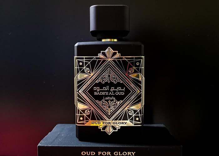 Mùi hương nước hoa Oud For Glory ấm áp, tự nhiên