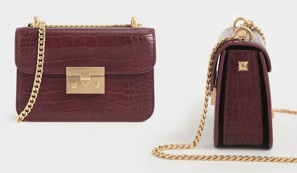 Đặc điểm Túi Đeo Vai Charles & Keith Croc-Effect Boxy Chain Strap Bag CK2-80700972-3 Màu Đỏ Mận