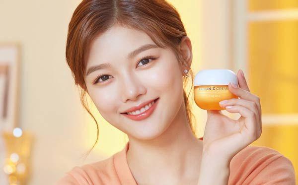 Review 10 kem trị nám và tàn nhang Hàn Quốc tốt nhất nên dùng 2