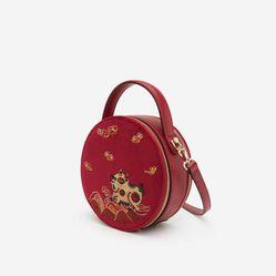 Túi Nhung Tròn Thêu Tranh Đông Hồ - SAT 0225 - Màu Đỏ