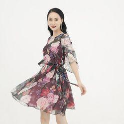 Váy Liền Heradg Họa Tiết Hoa Hồng