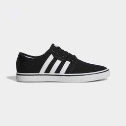 Giày Thể Thao Adidas Seeley Màu Đen Trắng
