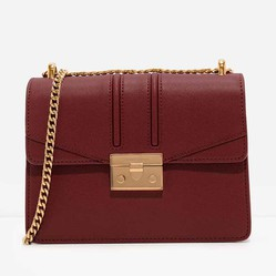 Túi Đeo Vai Charles & Keith Metallic Accent Chain Strap Shoulder Bag CK2-20160069 Màu Đỏ