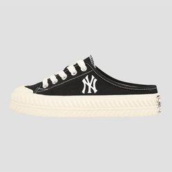 Giày MLB Play Ball Origin Mule New York Yankees 32SHS1011-50L Màu Đen Size 230
