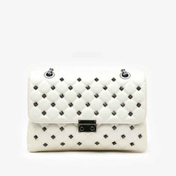 Túi Xách Pazzion 9073A Beige Quilted Studded Clutch Màu Trắng