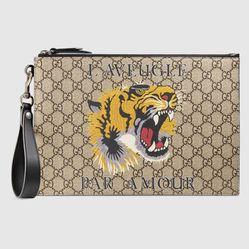 Túi Clutch Gucci Bestiary Pouch With Tiger  Màu Nâu