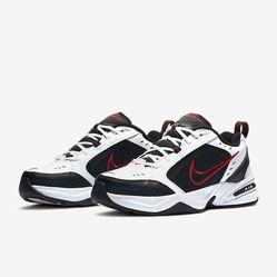 Giày Thể Thao Nike Air Monarch IV Training Shoe Màu Đen Trắng
