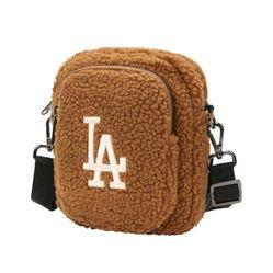 Túi Đeo Chéo MLB LA Dodgers 32BGDF011-07A Màu Nâu