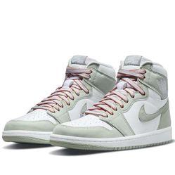Giày Thể Thao Nike Wmns Air Jordan 1 Retro High OG Seafoam CD0461-002 Màu Xanh Bạc Hà
