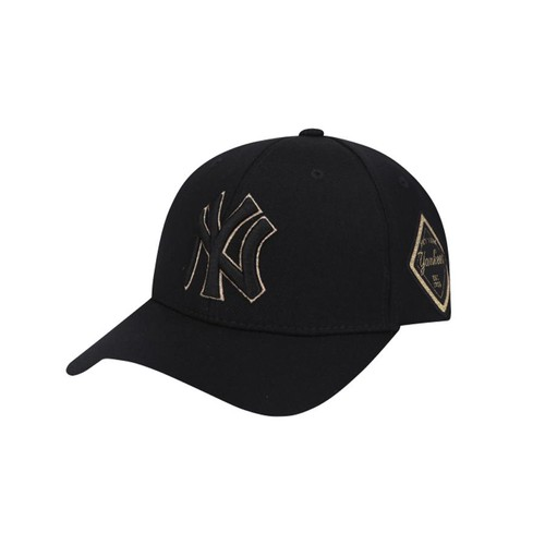 Mũ MLB New York Yankees Diamond Adjustable Hat In Black