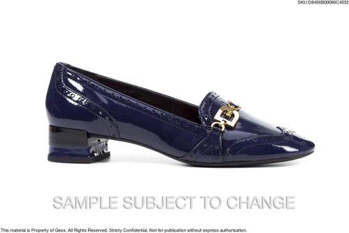 Sandals Nữ Geox D CHLOO M. B Gót Vuông Bít Mũi Màu Xanh Dương Size 37